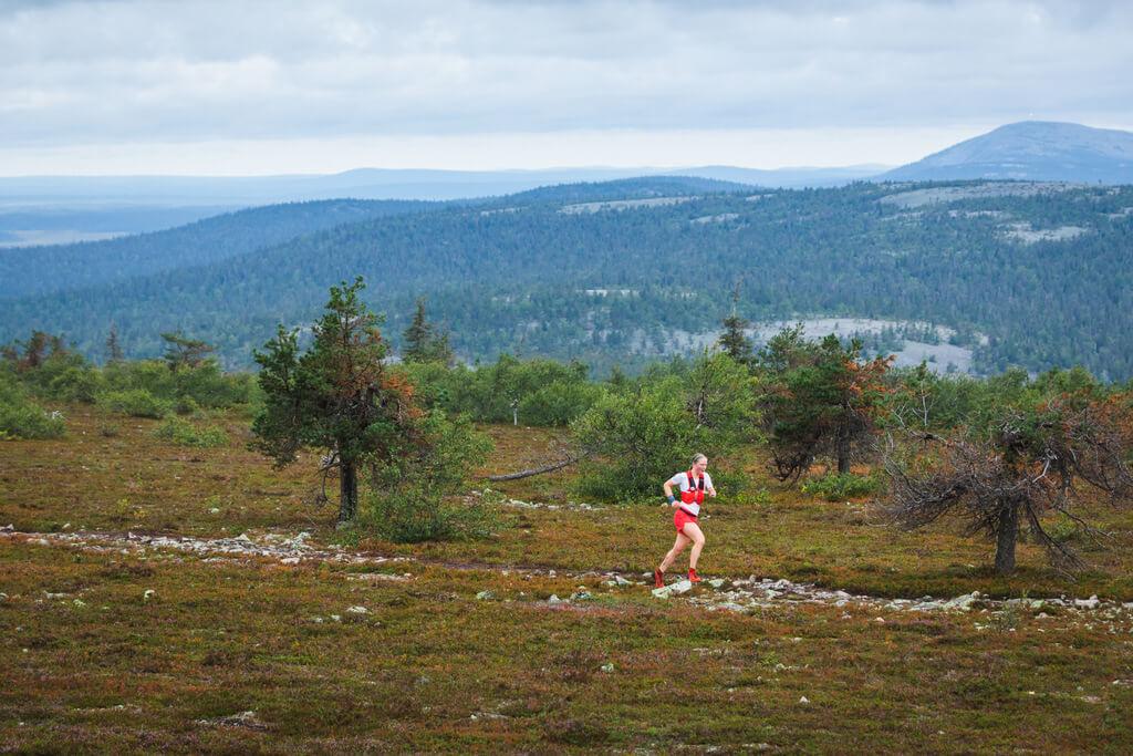 polkujuoksija, trailrunner, female runner, lapland